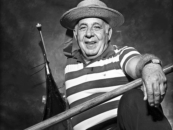 משה סילבס, גונדולייר / צלם: אדוארד קפרוב