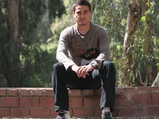 מאור בוזגלו בבגדים אזרחיים/ צלם:שלומי יוסף