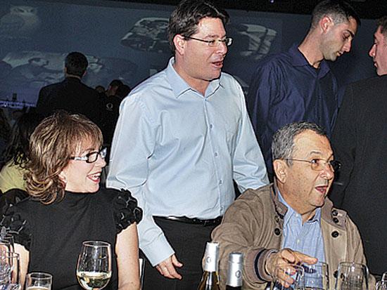 אהוד ברק, אופיר אקוניס, נילי פריאל, יום הולדת 70 לשר יוסי פלד / צלם יוסי כהן