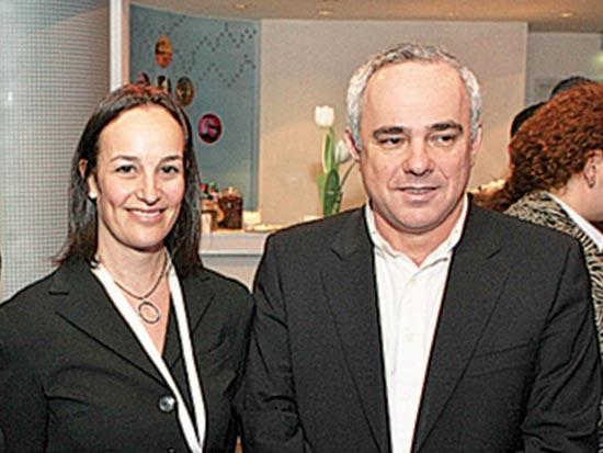 יובל שטייניץ, דנה מאור, מחקר על כלכלת האינטרנט בישראל / צלם אביב חופי