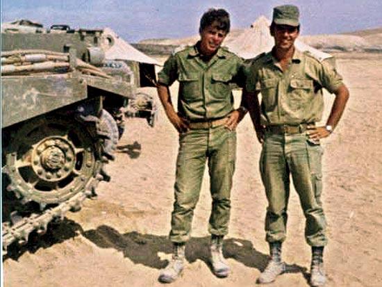 יקי ודמני (משמאל), מנכ