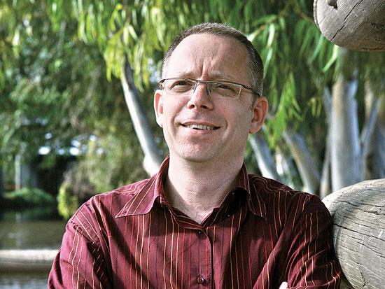 רונן זינגר, לשעבר מנהלמשאבי אנוש באדוקס / צלם עינת לברון