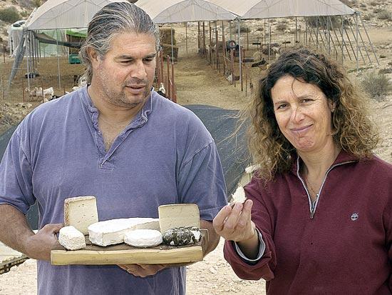 ענת ודני קורנמל, חוות קורנמל / צילום: אייל פישר