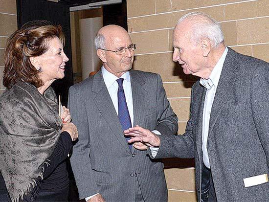 מאיר שמגר, מיקי וליאורה פדרמן, טקס הענקת פרס בן גוריון / צילום: סיון פרג'