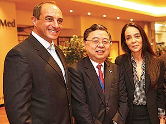 נאדין לאטי דוביאור, רוני צ'אן, אדי קוקירמן, אירוח 15 מיליארדרים סינים / צילום: קיפודכין