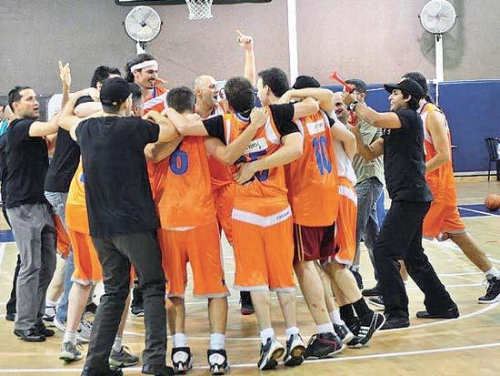 נבחרת הכדורסל של מנורה מבטחים / צילום: שי שרון