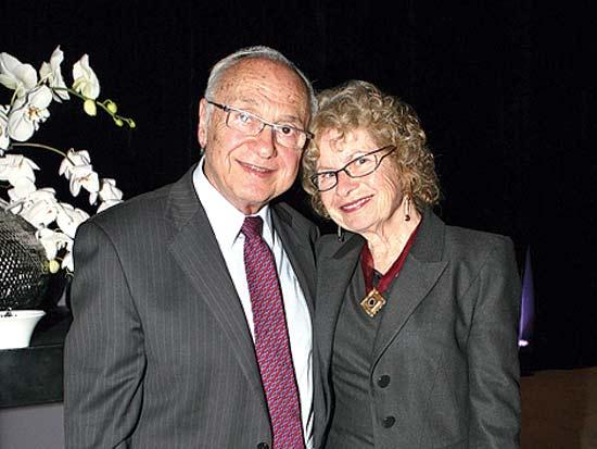 יעקב נאמן ואישתו, יום הולדת 90 לדוד עזריאלי / צילום: עינת לברון
