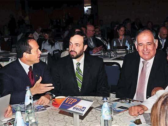 יונה יהב, אריאל איאס, ניר ברקת, הוועידה השנתית למינוף ערים / צילום: יחצ
