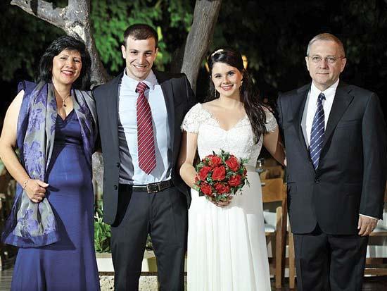 כפיר לוצאטו, לילך לוצאטו, צחי שוקרון, אתי לוצאטו, חתונה במשפחת לוצאטו / צילום: חיים אפריאט
