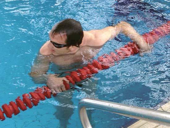 אייל חומסקי, שחיינים אנשי עסקים / צילום: תמונה פרטית