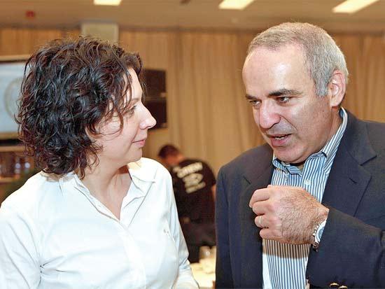 גארי קספרוב, אירינה נבזלין - קוגן, פרס קרן נדב לעמיות יהודית / צילום: קובי קנטור