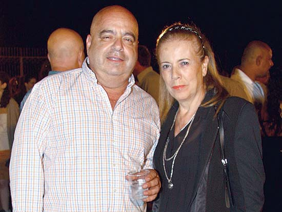נעמי ואבי שומר, תצוגת אופנה של גולברי באמפי קיסריה / צילום: אסף לב