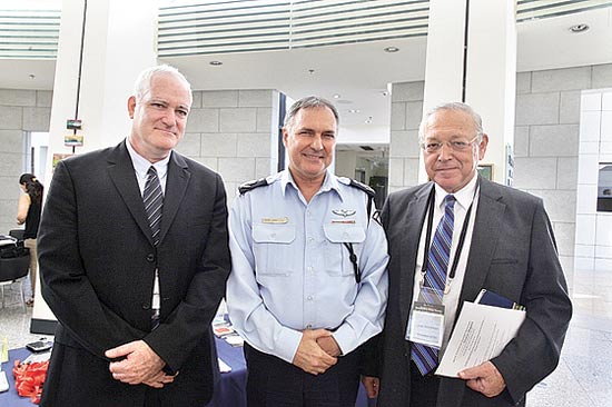 רייכמן, דנינו וגנור / צילום: עדי כהן צדק