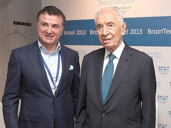 שמעון פרס ומיכאיל מירישוילי / צילום: חן גלילי