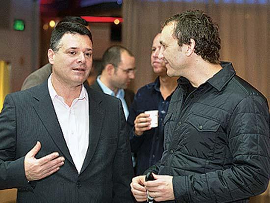 איל חומסקי, אבי צור, פורום הקהילה העיסקית של צ'מפיון מוטורס / צילום: ברק זוהר