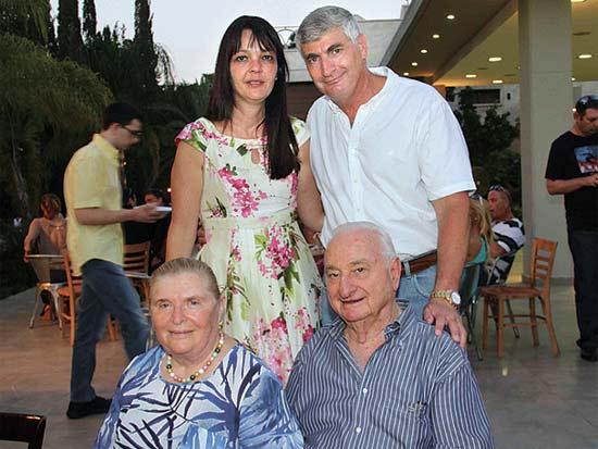 יגאל וציפי לנדאו, ישעיהו ודבורה לנדאו, אירוע הגאלה השנתי של מוזיאון נחום גוטמן / צילום: יוסי כהן