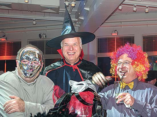 טל בנד, אלקס הרטמן, שוקי חורש, מסיבת פורים של משרד ש. הורוביץ / צילום: מושיק בירן