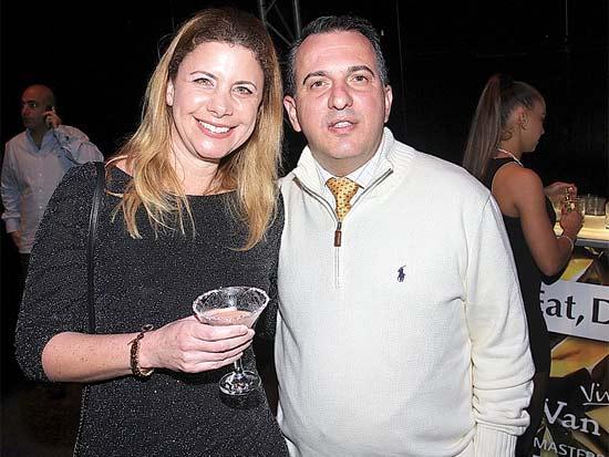 שבתאי עקובי, ענת גבריאל, ארוע השקה לטעמים חדשים של וודקה ואן גוך / צילום: יוסי כהן