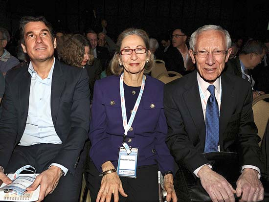 סטנלי ורודה פישר, סטפן בורגס, ועידת ישראל לעסקים 2013 / צילום: תמר מצפי