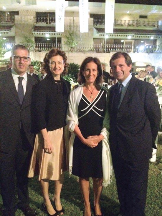 פרנצ'סקו מאריה טאלו ורעייתו אורנלה, אסטל וחגי שטמברגר / צילום: שי שבירו