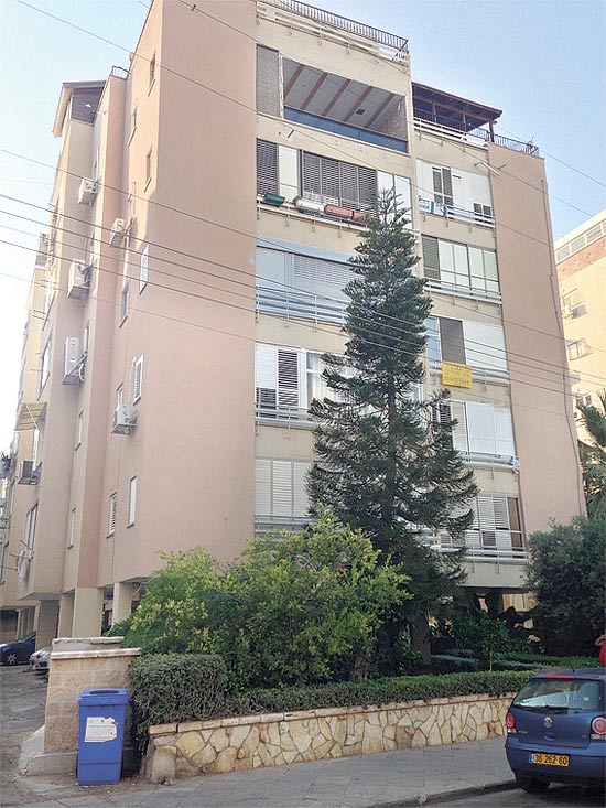 בניין בנתניה / צילום: תמר מצפי