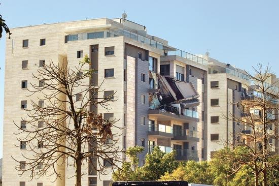 המרפסת שקרסה / צילום: גיל ארבל