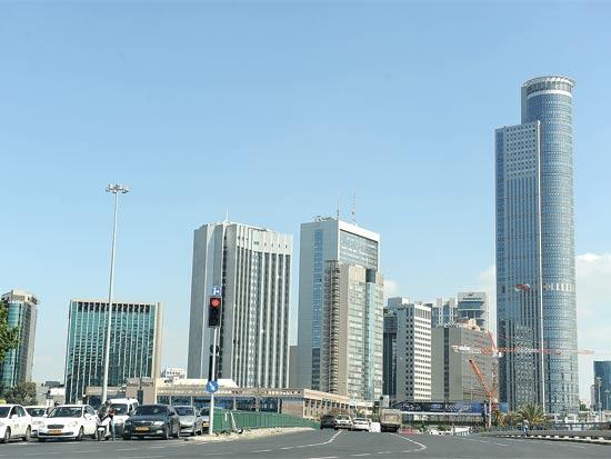 בנייני משרדים באזור הבורסה ברמת גן / צילום: תמר מצפי