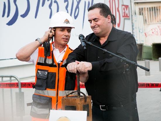 ישראל כץ - פיצוץ גשר מעריב / צילום: שלומי יוסף