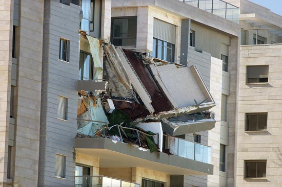המרפסת בחדרה / צילום: גיל ארבל