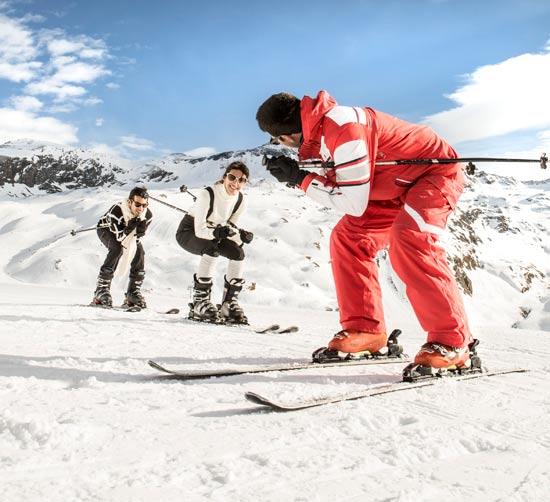 שיעורי סקי / צילום: Club Med