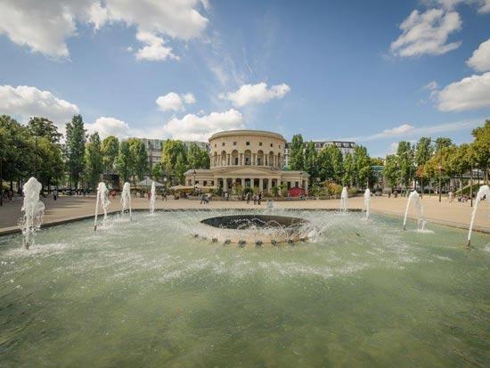 פארק דה לה וילט -פריז/ צילום:  Shutterstock/ א.ס.א.פ קרייטיב
