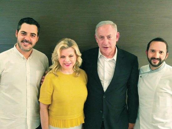 שף מור כהן, ראש הממשלה נתניהו  ורעייתו שרה, נתנאל שגב / צילום: מירית הוד