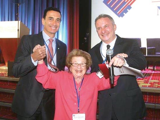 סטיב לינדה, רות וסטהיימר ומתיו ברונפמן / צילום: מרק ישראל סיילם