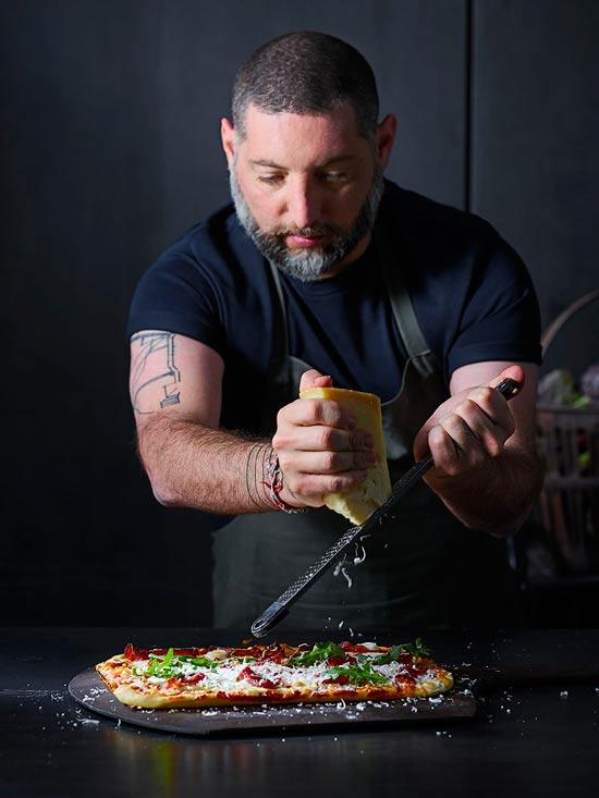 דומינו'ס פיצה משיקה תת מותג דומינו'ס שף עם השף אסף גרניט ומחניודה / צילום: יחצ דן פרץ