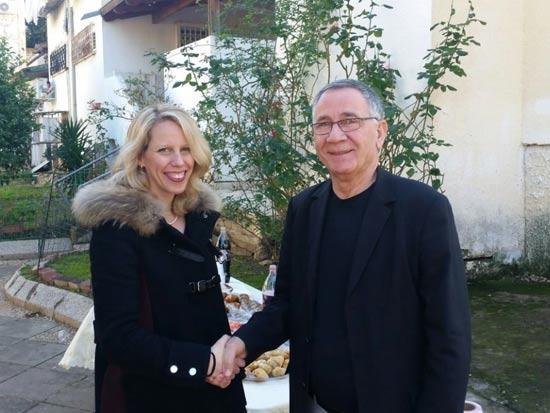 עורכת הדין עדי שנהב מחלקת נדלן וראש עיריית הרצליה משה פדלון / צילום: איתי סמדר