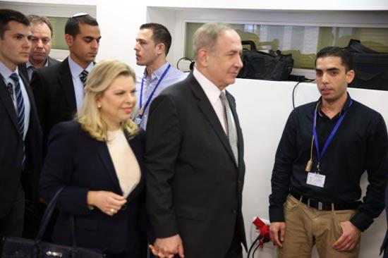 בנימין ושרה נתניהו / צילום: מוטי קמחי-ynet