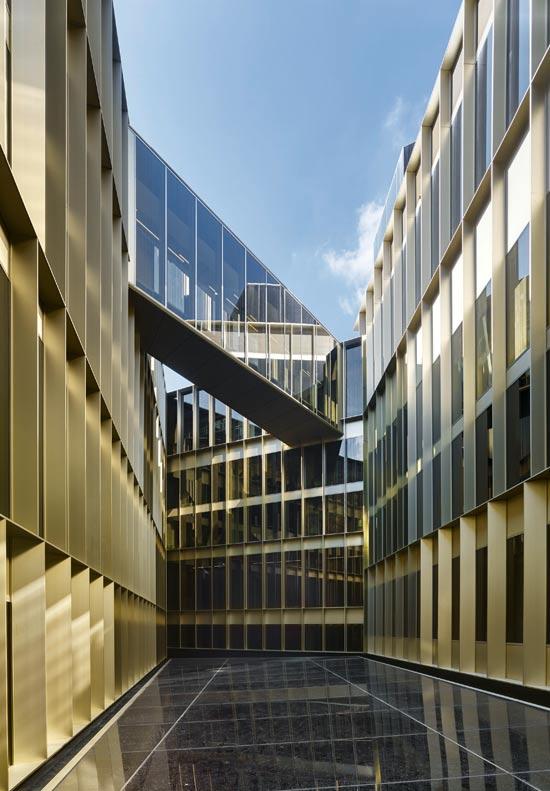 מלון W  באמסטרדם. ממשרד ממשלתי ישן למלון 5 כוכבים צילום: Stefan M?lle