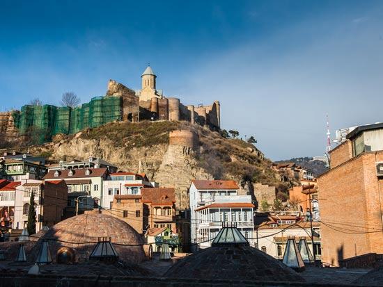 מתחם המרחצאות החמים שנמצא ברובע אבאנותובני  בטביליסי / צילום:  Shutterstock/ א.ס.א.פ קרייטיב