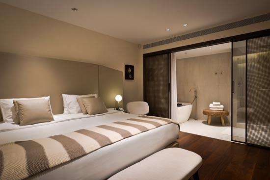 חדר שינה בסוויטת רויאל/צילום: רוני בלחסן