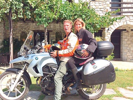 אוסי ורונן כהן באקוודור / צילום: עובר אורח