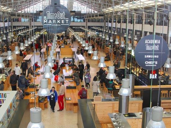 שוק האוכל Mercado da Ribeira  , ליסבון/ צילום:  Shutterstock/ א.ס.א.פ קרייטיב