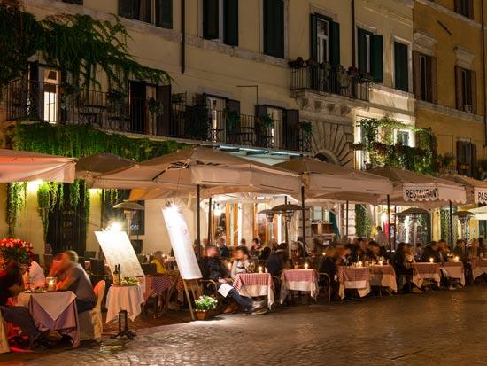 לא סתם להיכנס למסעדה, להיכנס למסעדת שף עם שף מלווה / צילום: Shutterstock/ א.ס.א.פ קרייטיב