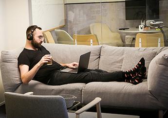 סטארטאפים - monday.com-office-1 / צילום: שלומי יוסף