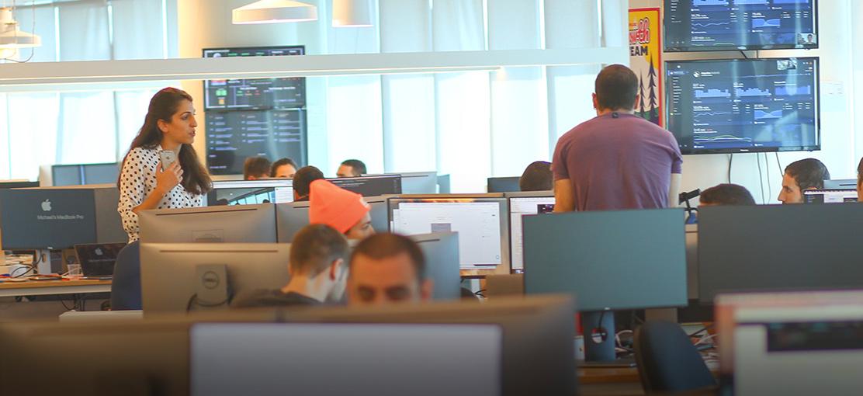 סטארטאפים - mondaydotcom-office-2 / צילום: שלומי יוסף