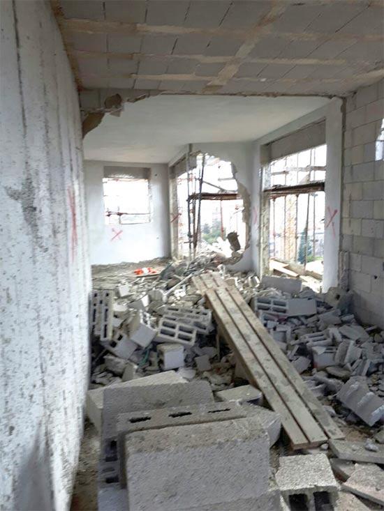 עבודות ההריסה השבוע / צילום: עיריית פתח תקוה