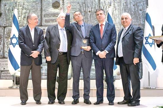 רמזי גבאי אלי כהן רן מידן ראובן ריבלין ושרגא ברוש / צילום: תומר לשר