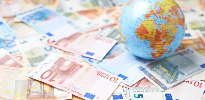 """אירופה או ארה""""ב: איפה כדאי יותר להשקיע בנדל""""ן?"""