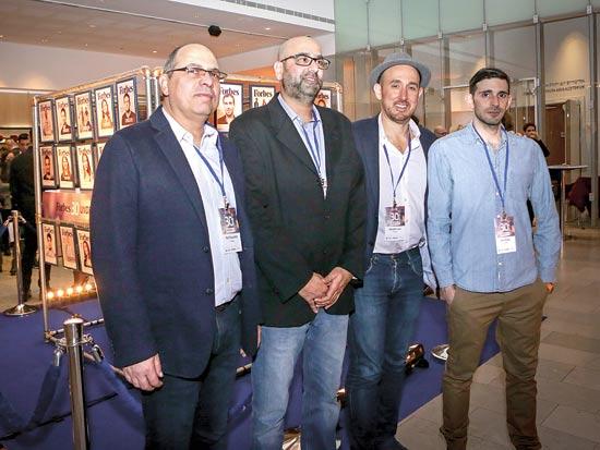 משמאל:  רפי רוזנפלד, ניר ברזילי, רנדל ליין ודרור שאייר. הראשונים לזהות מנהיגים / צילום: שלומי יוסף