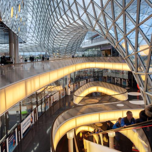 מרכז הקניות Myzeil בעל המראה העתידני/ צילום:  Shutterstock/ א.ס.א.פ קרייטיב