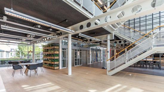 לובי משרדים בנכס של אספן באמסטרדם / צילום: יחצ